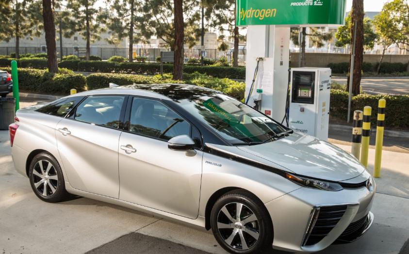 成本太高,为什么丰田不愿放弃高氢燃料电池?