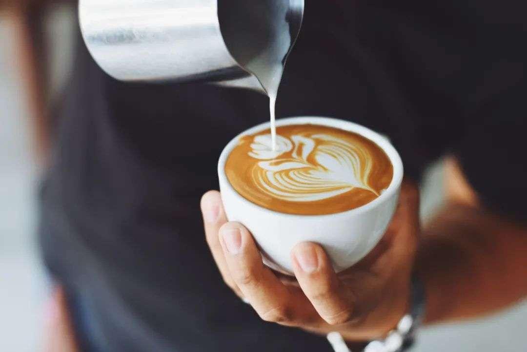 瑞幸咖啡为什么这么便宜(瑞幸咖啡怎么样)