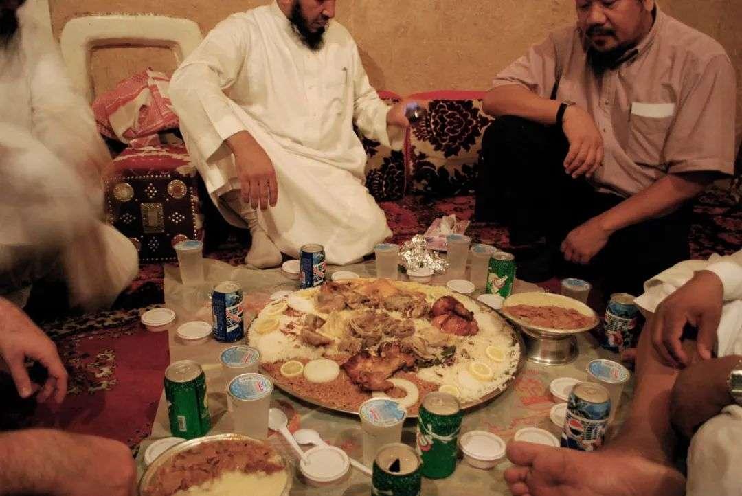 看完迪拜土豪吃饭后,我幻灭了