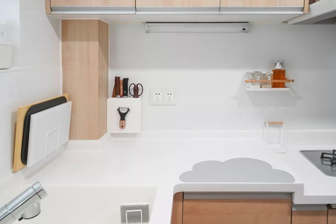 厨房珐琅板多少钱一平方(附珐琅板材质优缺点介绍)