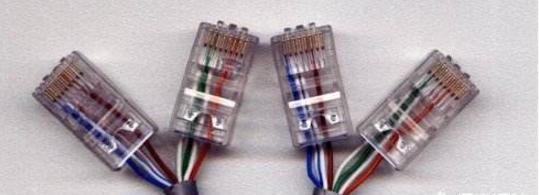 一根网线接两个水晶头怎么接(网线接线原理及连接方法)