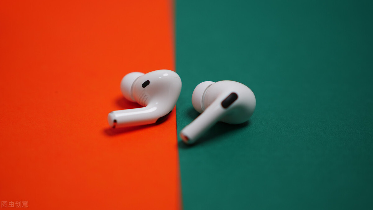 苹果怎么连蓝牙耳机(苹果AirPods Pro参数和手机连接配对)