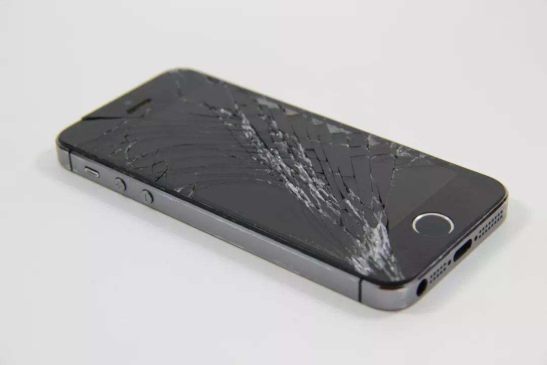 苹果手机出现无服务是怎么回事(无服务故障和应对措施)