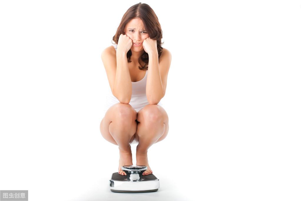 身高体重计算公式(男女标准体重范围计算)