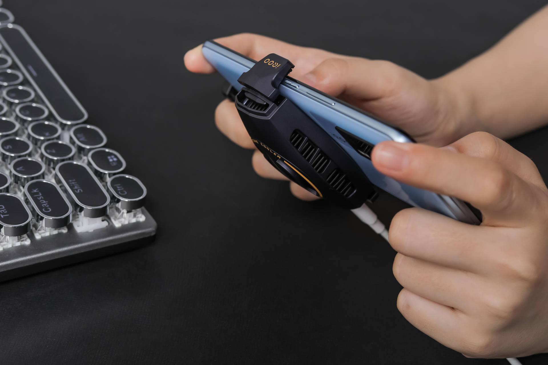 vivo手机哪款比较好用2500以内(最值入手的等价手机测评)