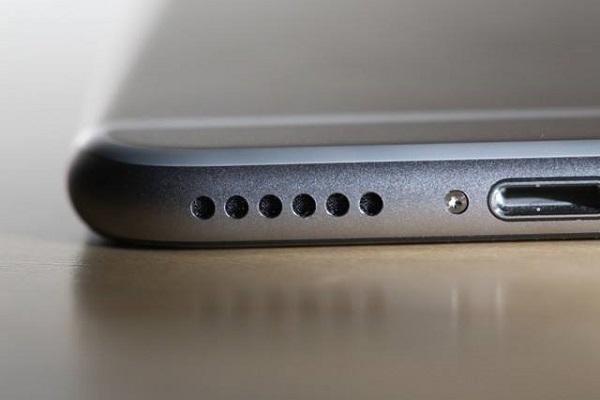 苹果手机只有耳机才有声音(4个常见故障及解决法)