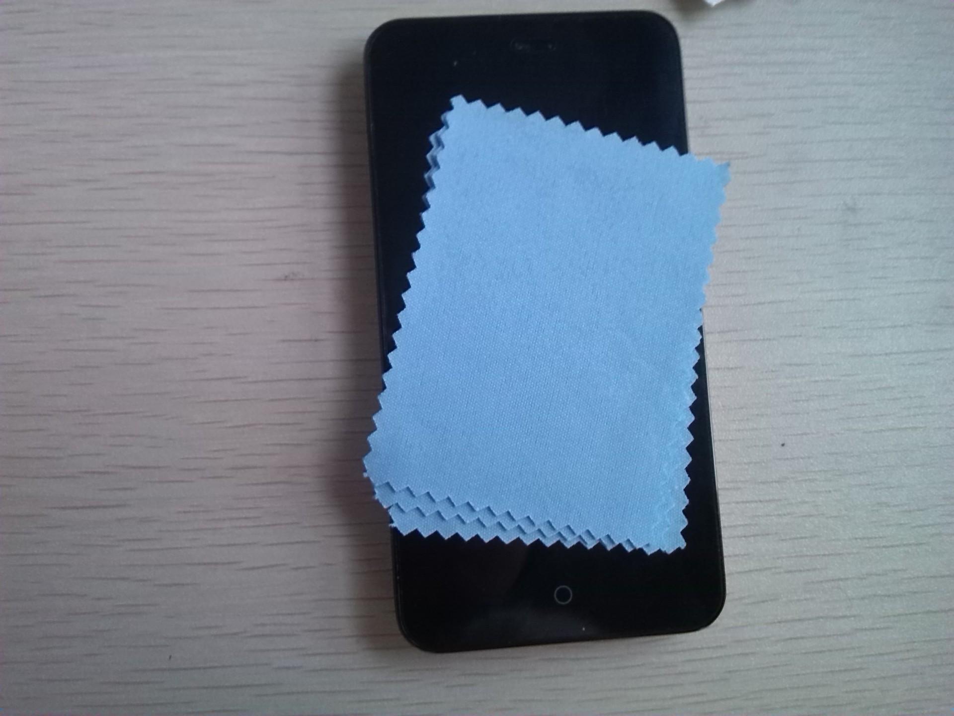 手机贴完膜有气泡怎么办(抢先看无气泡手机贴膜攻略)