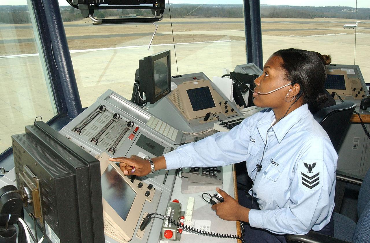 空中管制专业招女生吗(航空管制一般延误多久)